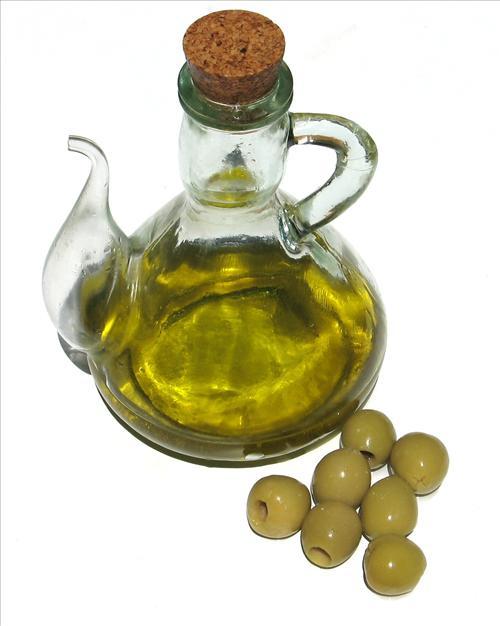 Le bain d huile d olive pour nourrir les cheveux secs - Anti puceron naturel huile d olive ...